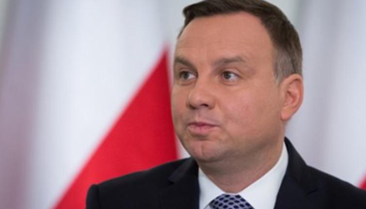«Подхрюкнули, как надо»: Президент Польши «бойкотирует» инаугурацию Зеленского