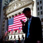 Почему мир начал массово сливать американский госдолг