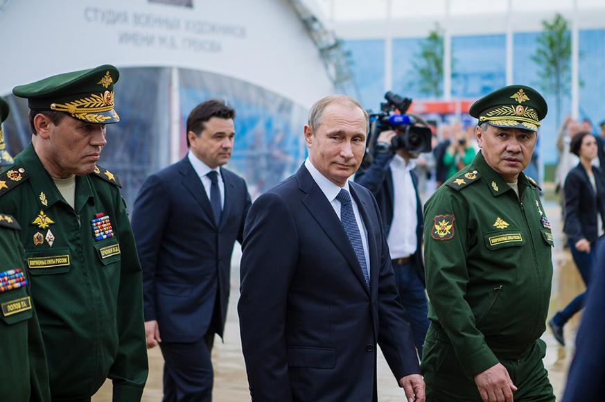 В Киеве напуганы: Российская военная машина выпустит пар на Украине