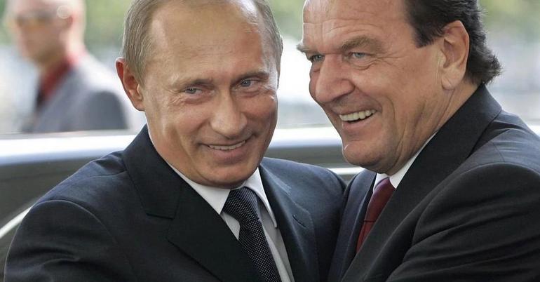 «Здравое заявление» Шредера по Крыму: США не нравится, что РФ набирает силы