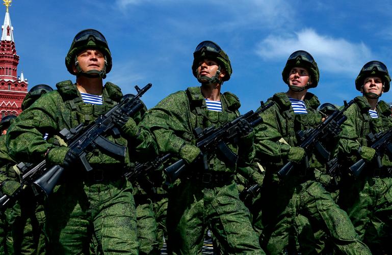 «Гонка черепахи и зайца»: Военное превосходство России поставило США в крайне неудобное положение перед всем миром