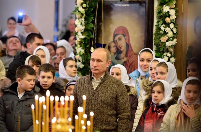 Западная пресса: Путин вернул русским гордость — для них это важнее неведомой свободы
