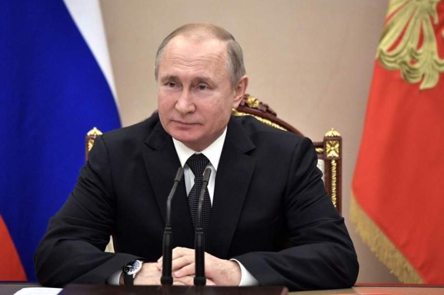 Путин намекнул, что Украине придётся исполнять его указы