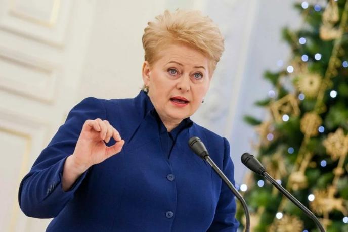 Литва и Латвия разругались из-за транзита России