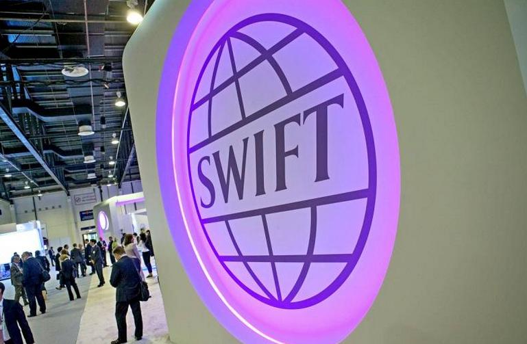Один в поле воин: российская СПФС угрожает SWIFT