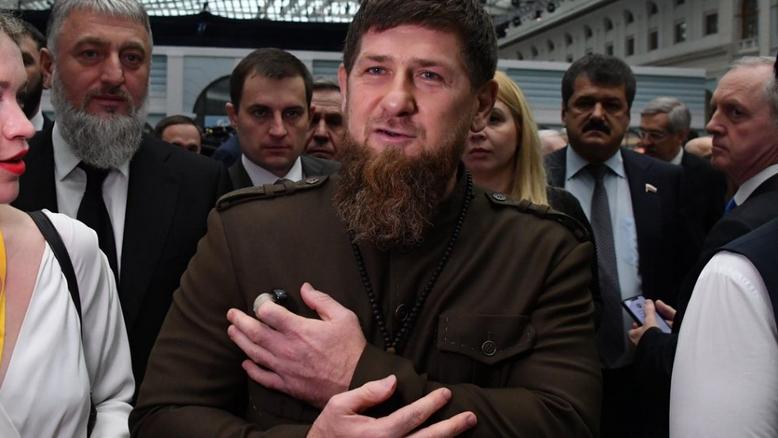 «Не мужчина, не горец»: Кадыров посоветовал Грузии от греха подальше спрятать Габунию