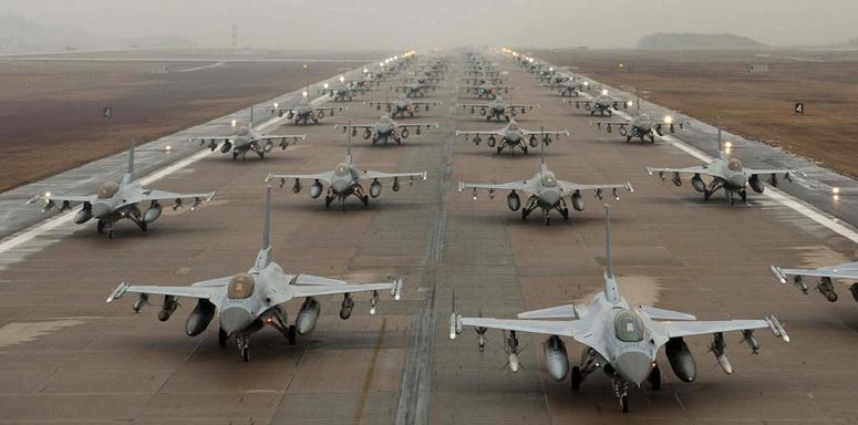 Заявление Генштаба: У границ России появился ударный наступательный кулак НАТО