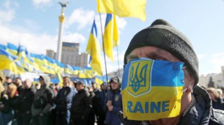 Хватит смотреть в рот НАТО – украинский дипломат