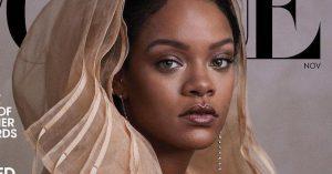 Рианна появилась в многослойном воздушном платье с капюшоном на обложке Vogue