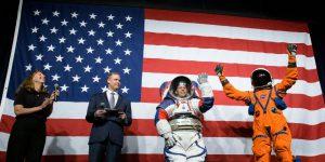 NASA представила новые скафандры для полетов на Луну