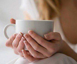 Как снять боль в домашних условиях: сироп из имбиря, меда и корицы