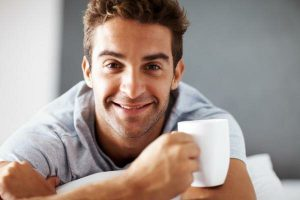 Медики рассказали, можно ли пить кофе на голодный желудок