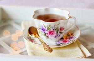 Какие напитки стоит употреблять при первых признаках простуды: рекомендации терапевта