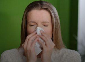 Медики назвали продукты, избавляющие от насморка