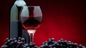 Ученые доказали, что вино способно снять воспаление и укрепить сердце