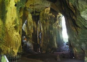 В Индонезии обнаружены самые древние наскальные рисунки возрастом 40 тысяч лет