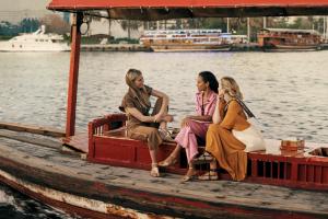 Гвинет Пэлтроу, Кейт Хадсон и Зои Салдана снялись в короткометражке о Дубае
