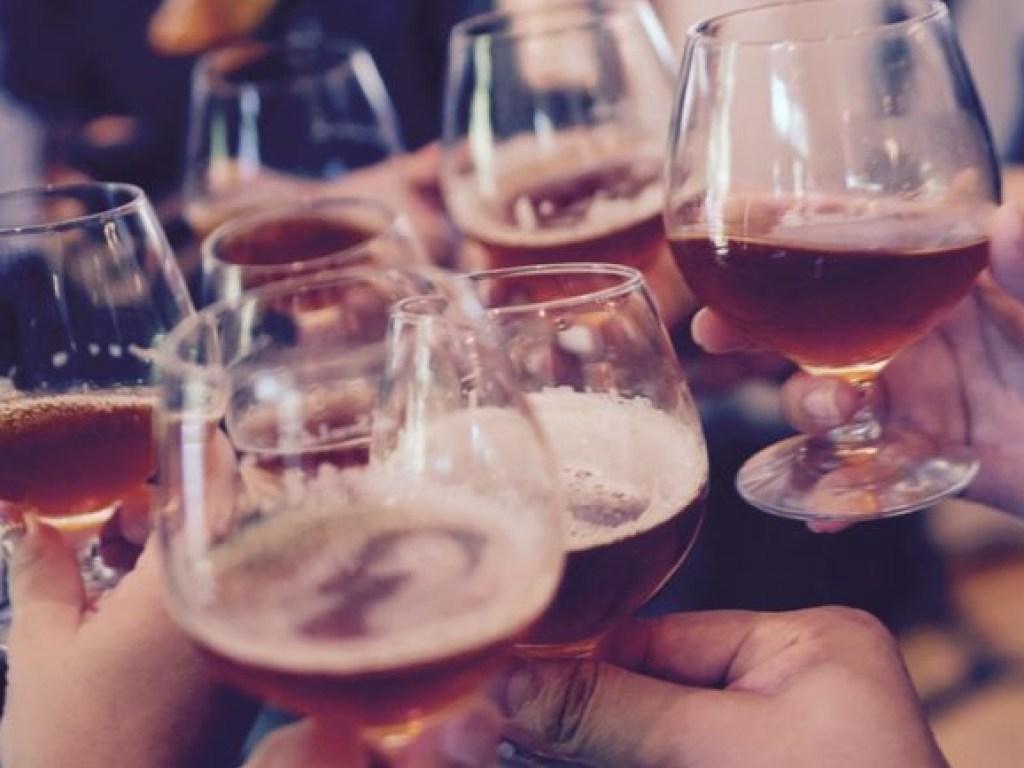 Что объединяет пьющих людей?