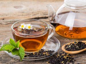 Крепкий напиток вредит зубам: чай в отдельных случаях опасен для здоровья — ученые