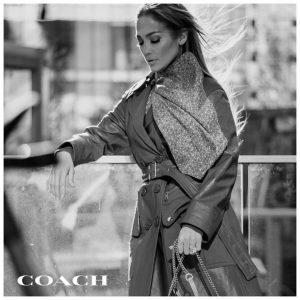 Новым лицом бренда Coach стала Дженнифер Лопес