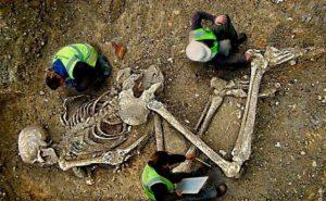 Ученые нашли останки 6-метрового существа из древних легенд